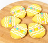 chrupkie ciasteczka wielkanocne pisanki