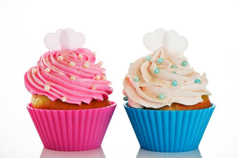 przepis na muffinki z różowym kremem