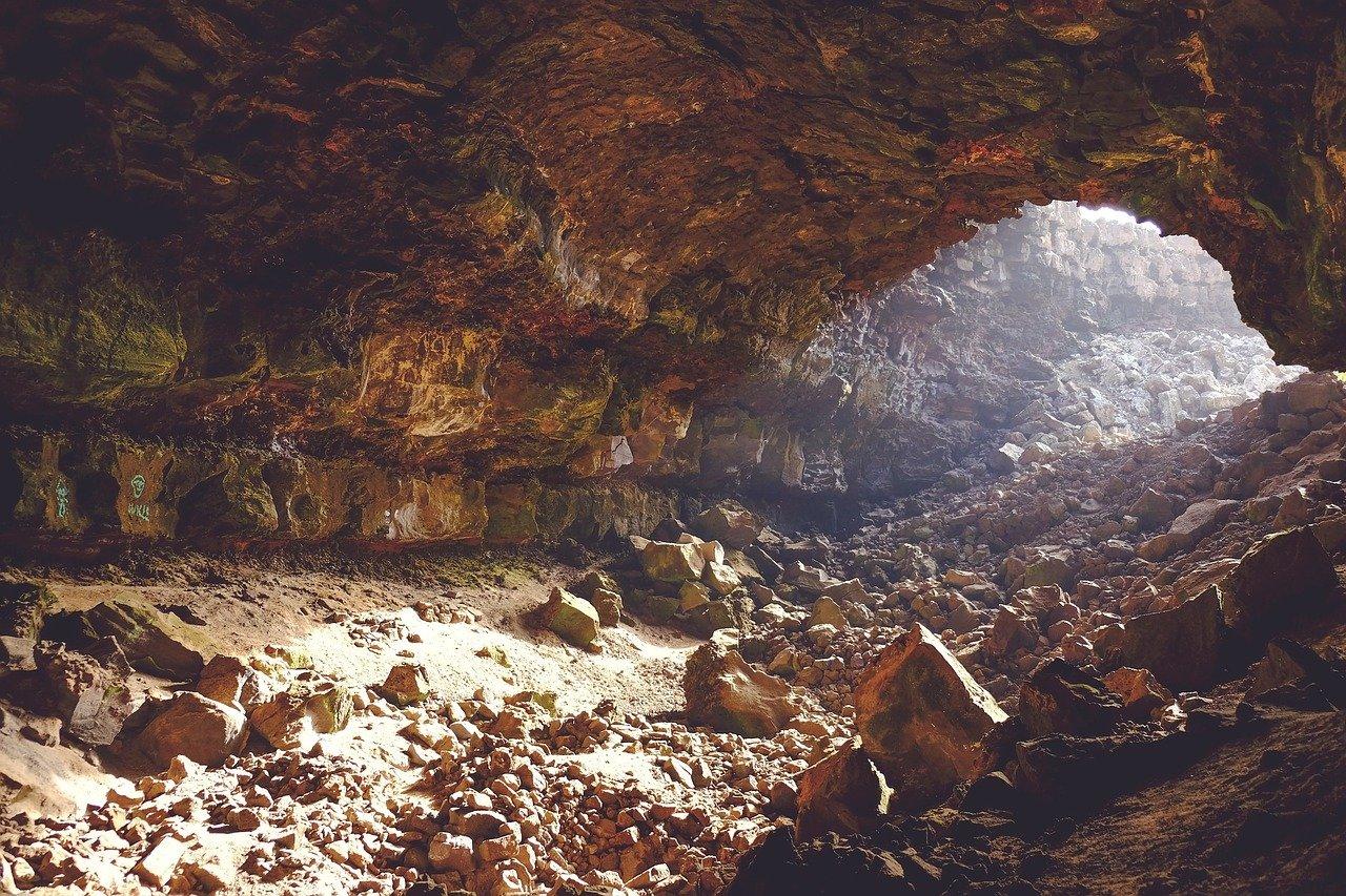 ziemia, jaskinia