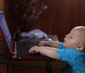 dzieci w sieci zagrożenia
