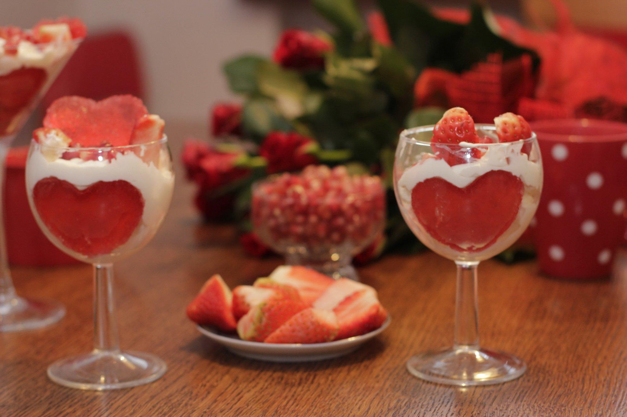 przepis na Walentynkowy deser z serduszkiem jak zrobic