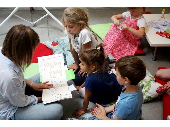 Zabawy z książką – warsztaty dla dzieci w Mocak-u