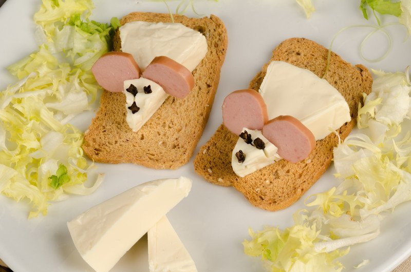 przepis na kanapki z myszkami z serka topionego