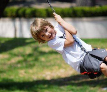 Letnie zabawy urodzinowe dla dzieci pomysły