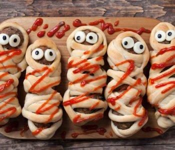 Przepis na straszne mumie na Halloween