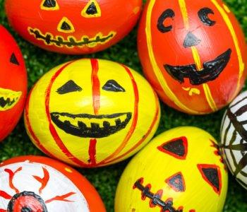 Przepis na straszne jajka – pisanki  na Halloween