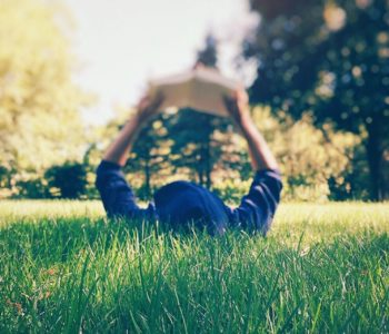 Czytanie na trawie - warsztaty aktorskie w Księgarni pod Globusem