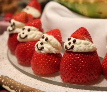 Przepis na zabawne Mikołaje z truskawek