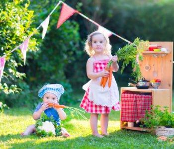 Dziecko lubi zabawy w dom? Zróbcie letnią kuchnię. To proste!
