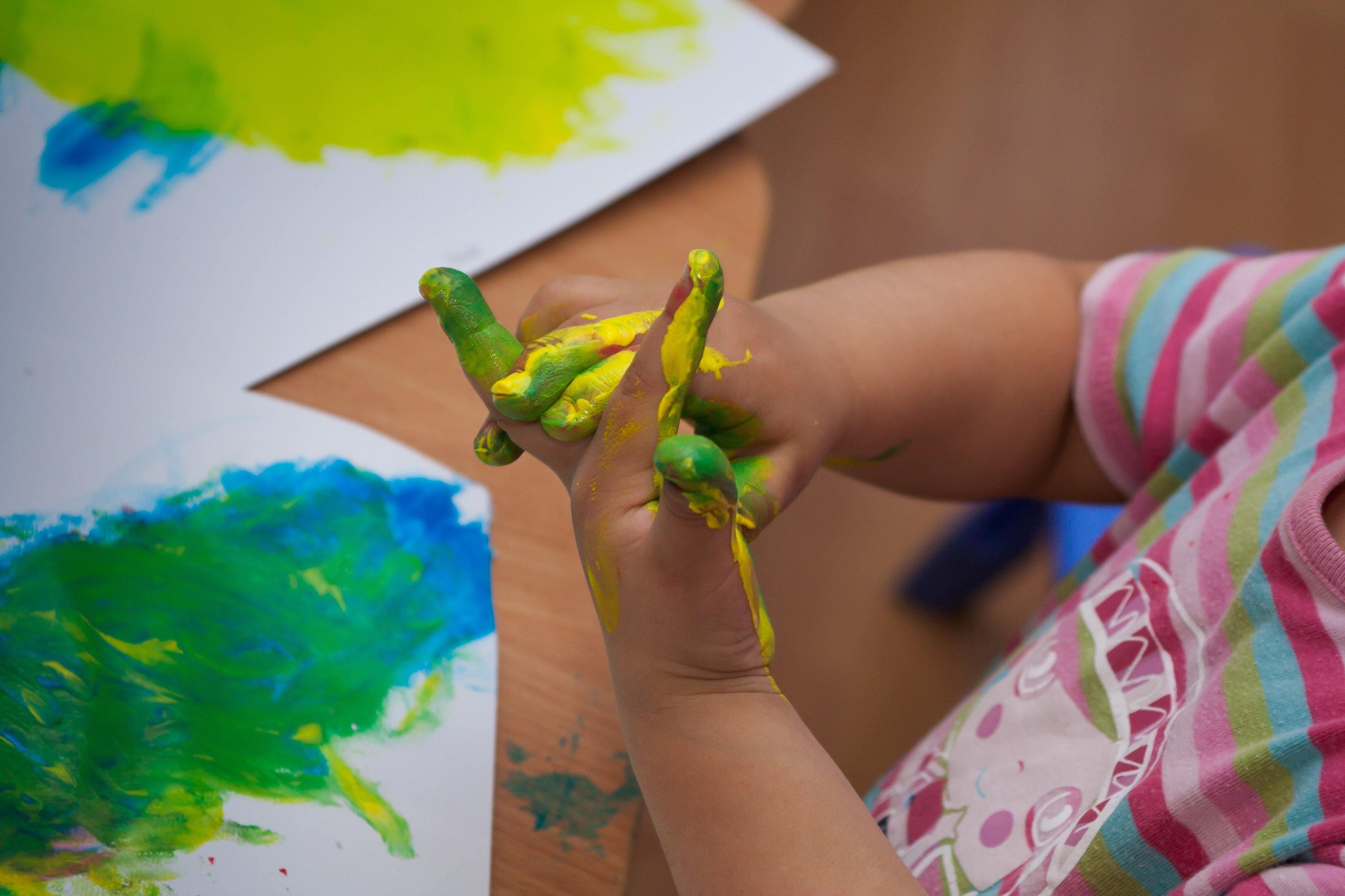 Zajęcia dla 2-latków z opiekunami Twórcze Kangurzątka-Zapisy do grup dla dzieci