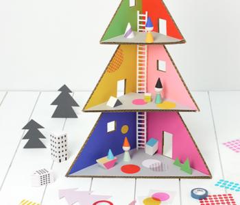 Domek dla lalek na Święta Bożego Narodzenia