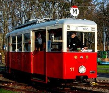 Mikołajki w tramwaju oraz akcja Zrób prezent - podziel się sobą