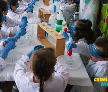 Warsztaty chemiczne w Harcowni