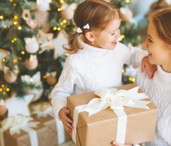 Jak wybrać wartościowy prezent dla malucha? KONKURS!
