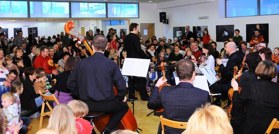 Koncert rodzinny Święta tuż, tuż - Orkiestra Warsaw Camerata