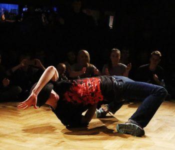 Ferie w DK Zacisze: Break dance