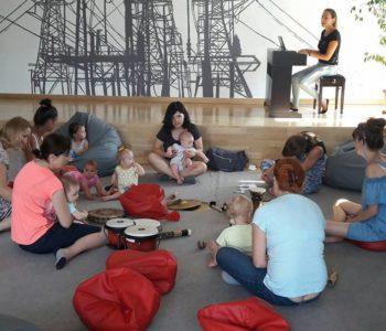Tańczące Nutki w Montessori Dreams