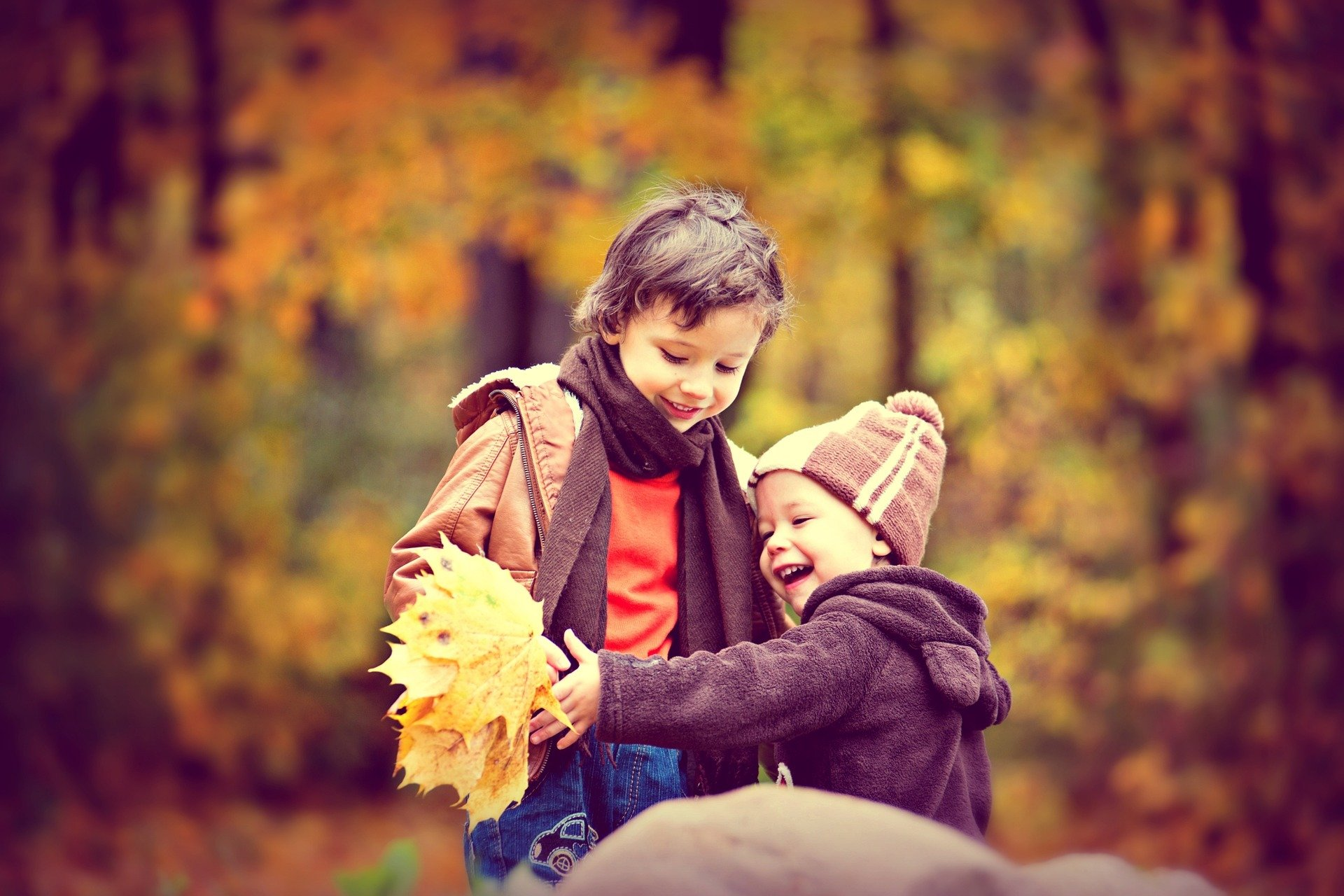 Idzie idzie jesień piosenka dla dzieci tekst i melodia