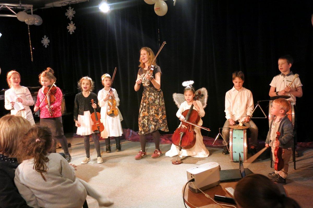 Interaktywny Koncert Kolęd i Zabaw Noworocznych