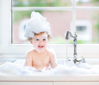 Pielęgnacja niemowlęcia – to musisz wiedzieć