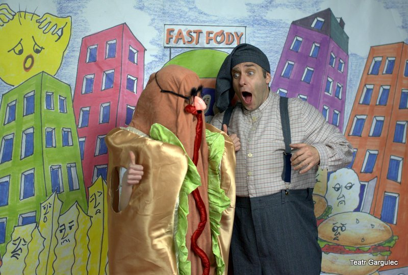 Teatr Gargulec: Hamburgery atakują