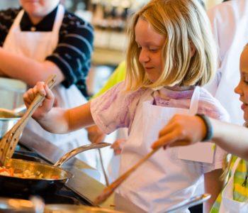 Czas na rozgrzewającą zapiekankę - warsztaty kulinarne dla dzieci we Wrocławiu