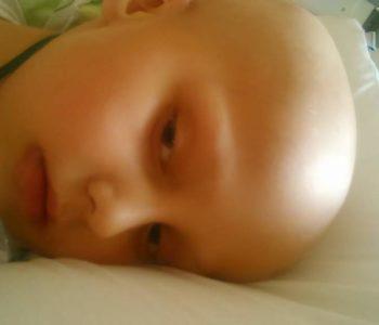 Międzynarodowy Dzień Walki z Nowotworami Dziecięcymi. Bliźniaku genetyczny Łukasza – zgłoś się!