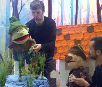 Spektakl dla dzieci w Teatrze Szczęście – Bajka o gajowym Chrobotku
