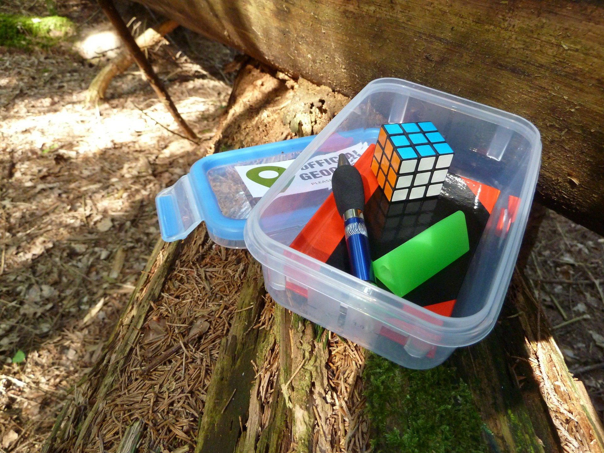 Geocaching skrynia atrakcje dla dzieci