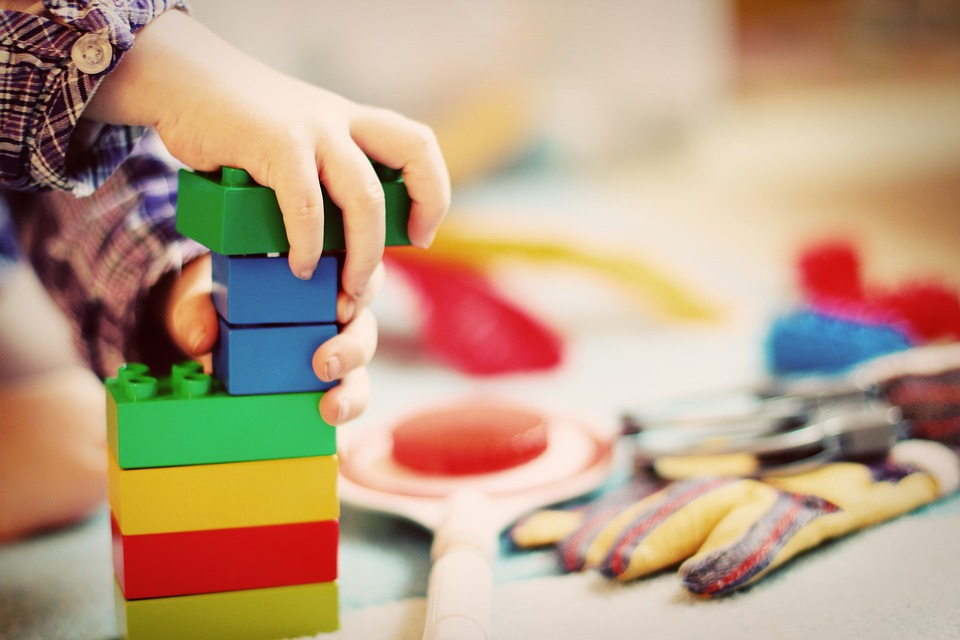 Świat pełen zabawek - warsztaty plastyczne