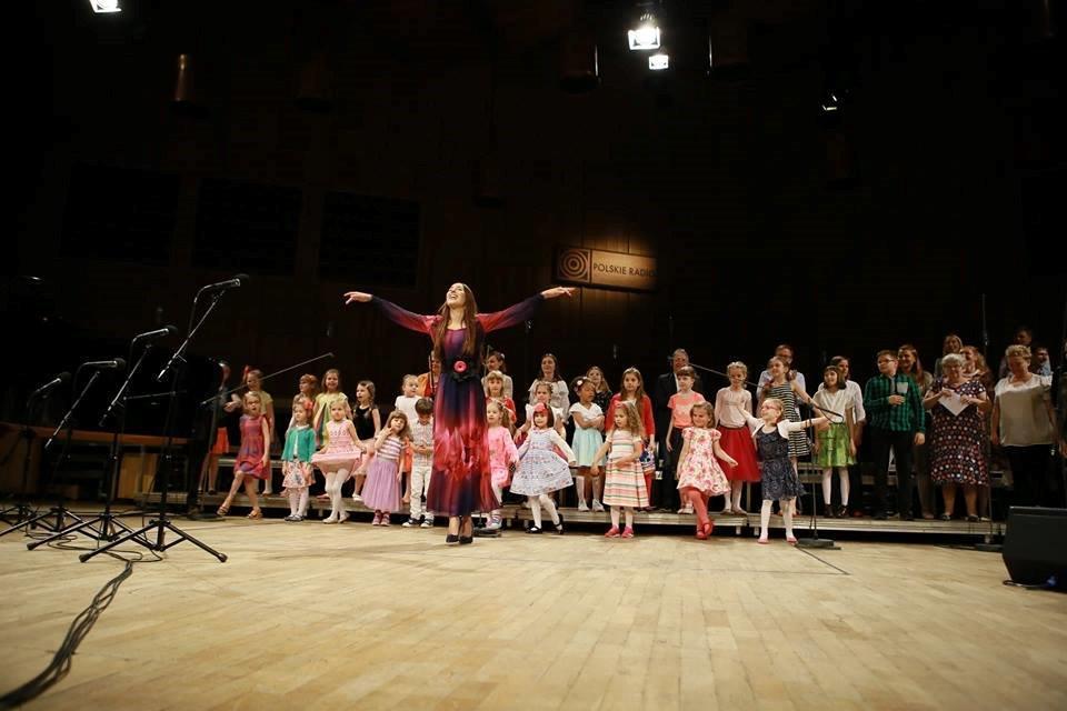 Piosenki z filmów - koncert z cyklu Śpiewajmy z Agatą Steczkowską