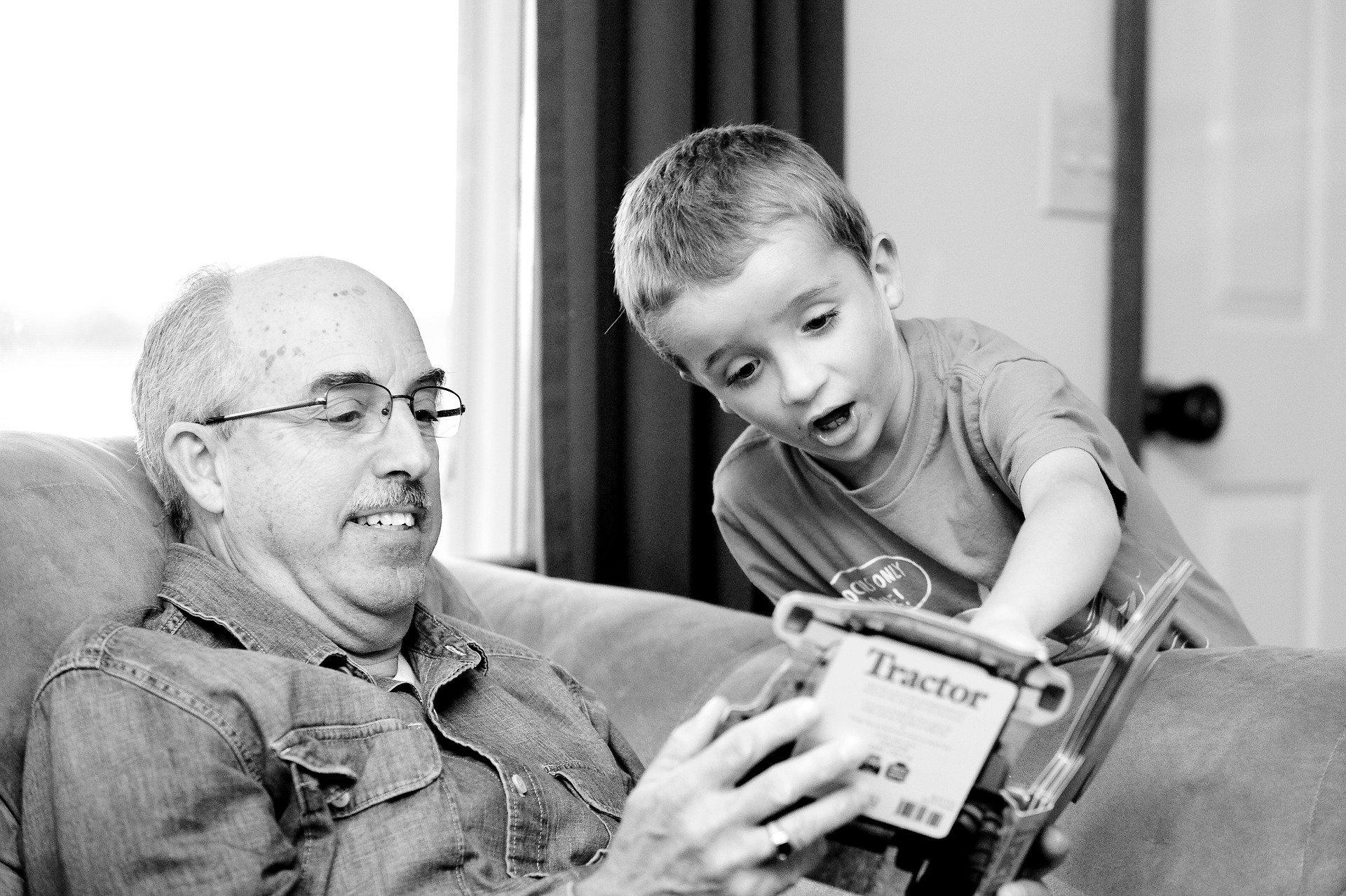 Przyjmij te życzenia dziadku, życzenia i wierszyki na Dzień Dziadka