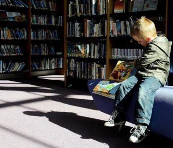 III Maraton Czytania Bajek w Księgarni Pod Globusem