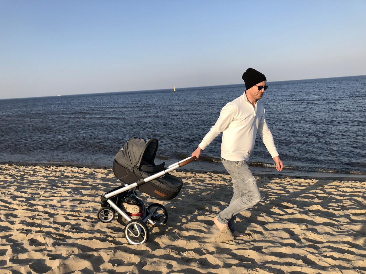 Wojciech Błach wózek dla dziecka