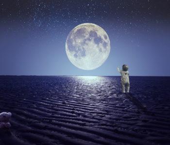 Spójrz proszę przez okno, wierszyk na dobranoc dla dzieci