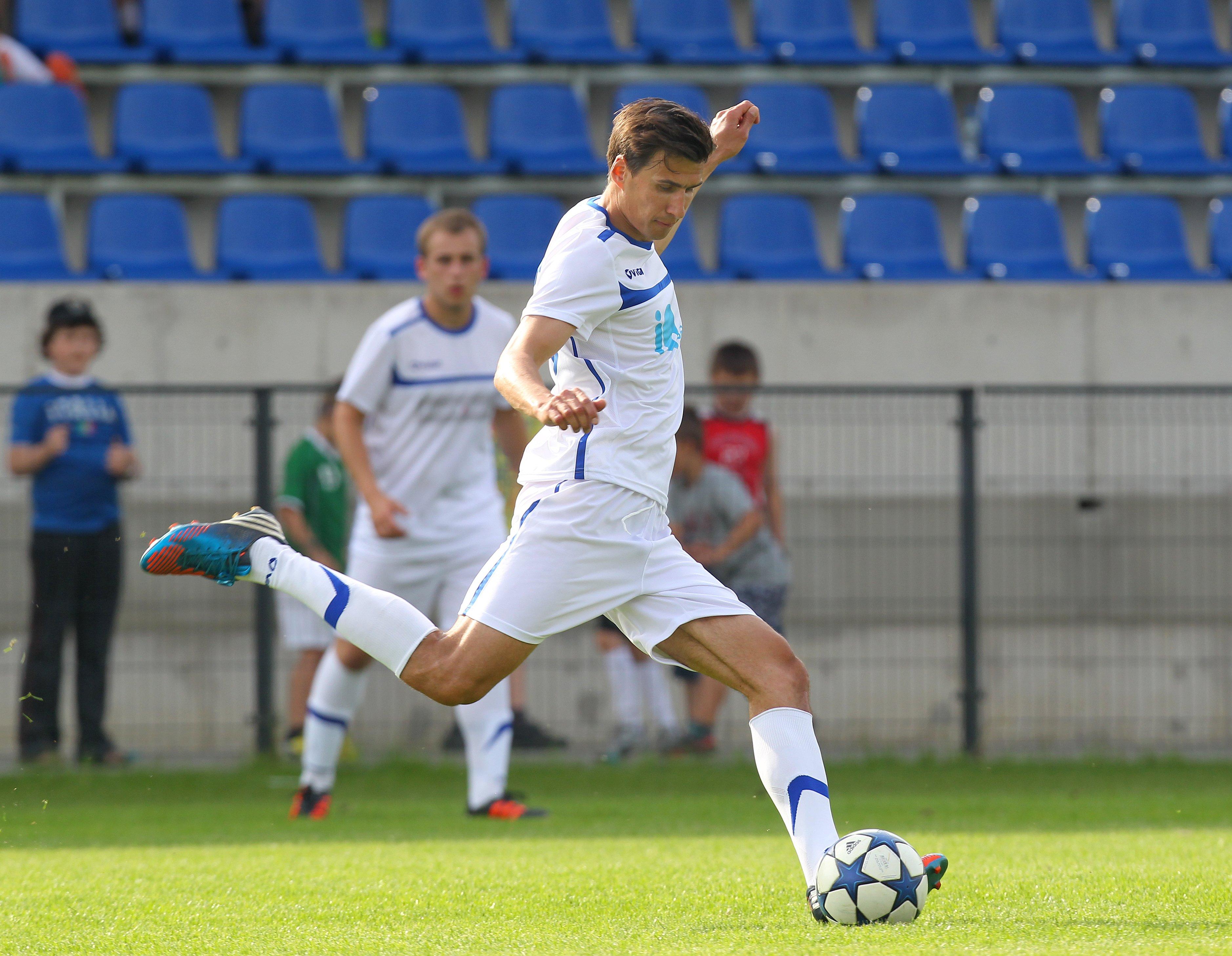 Jarosław Bieniuk Zostań gwiazdą futbolu