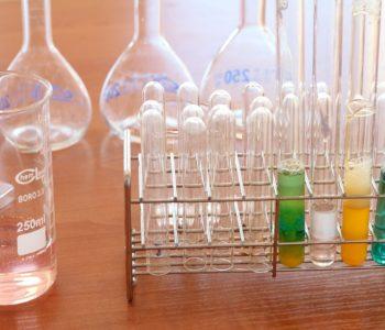 Eksperymentalne lato z chemią w ramach akcji Lato w mieście 2018