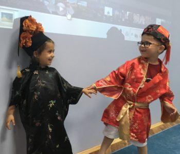 Qīngsōng de Hànyǔ – Język chiński na luzie