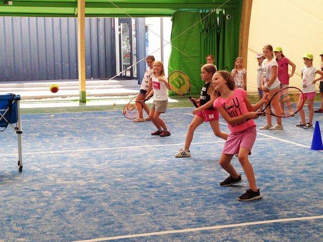 tenis dla dzieci zajęcia sportowe 2018 2019 atrakcje dla dzieci