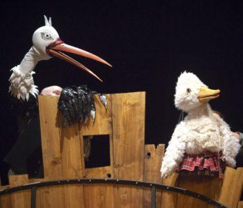 Brzydkie Kaczątko w Teatrze Banialuka