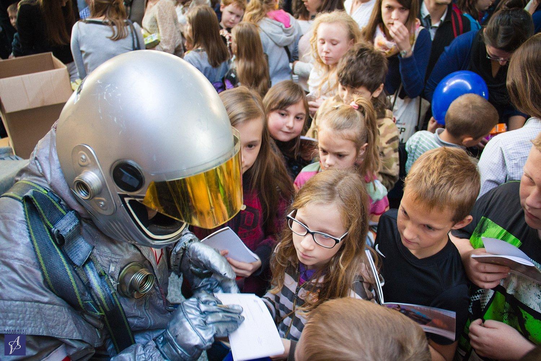 Akademia Przyszłości. Rusza kolejna edycja programu wspierającego dzieci w odnoszeniu sukcesów