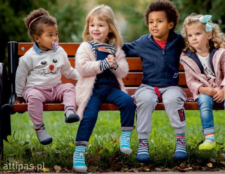 Buty dla dzieci Attipas na pierwsze kroki