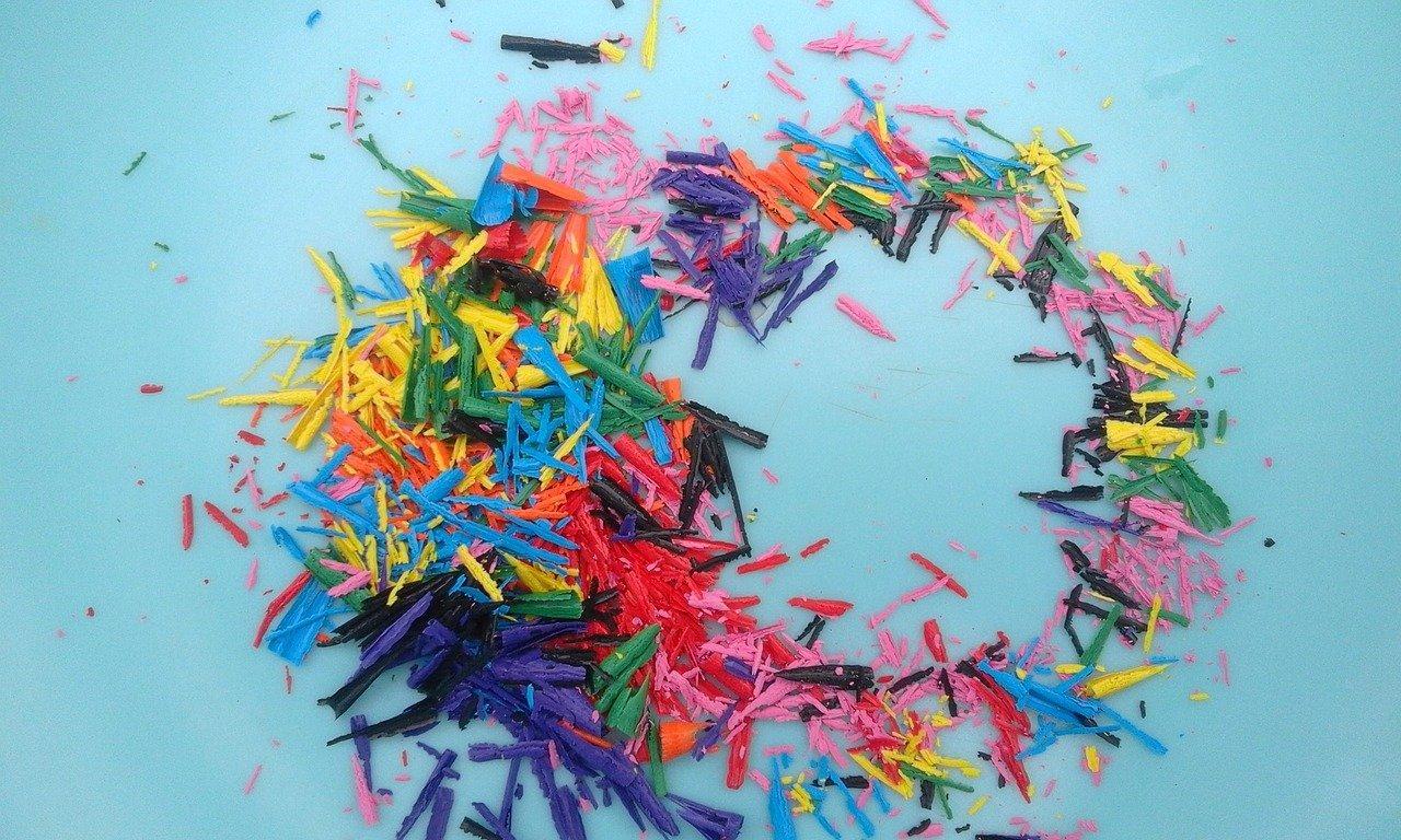 Warsztaty artystyczne – kolorowe stwory