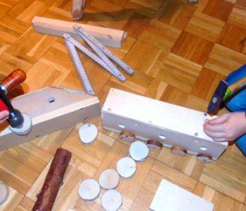 Drewniane zabawki – warsztaty rodzinne