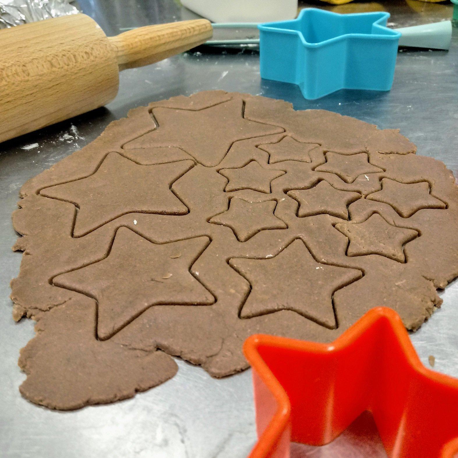 Wypieki pachnące korzennymi przyprawami - warsztaty kulinarne dla dzieci