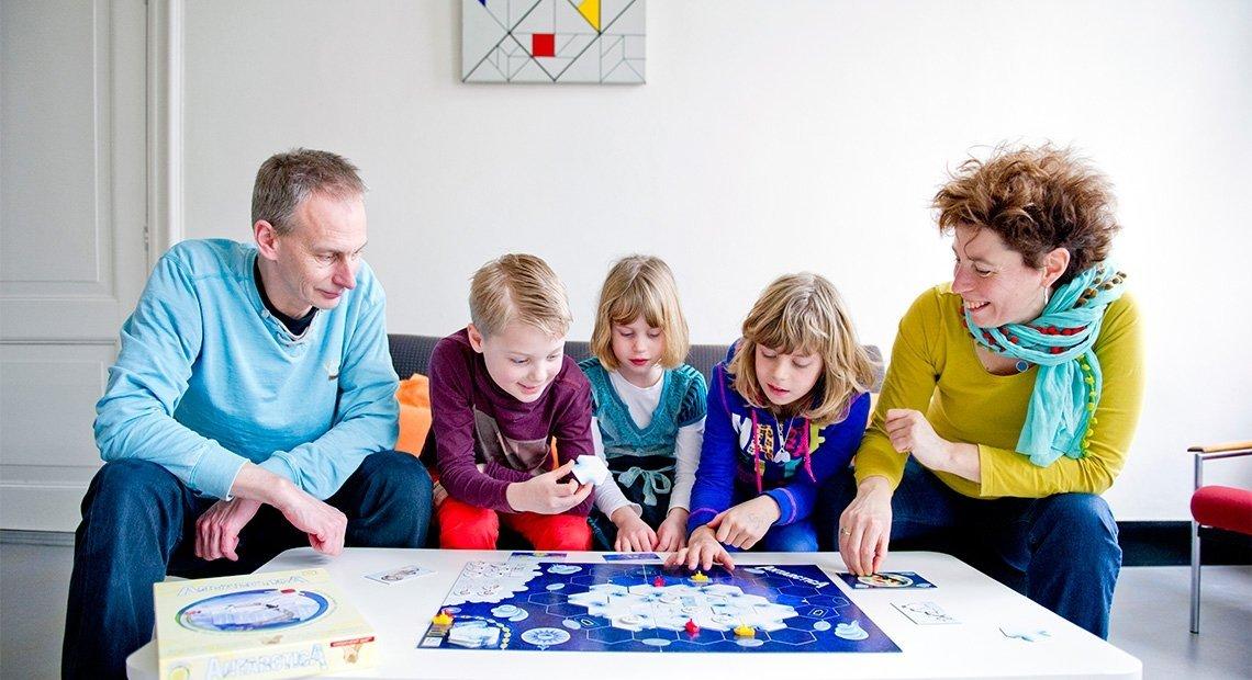 Jeden za wszystkich, wszyscy za … ?  Uczymy dzieci solidarności i współodpowiedzialności.