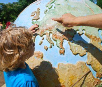 Baśniowa podróż po świecie
