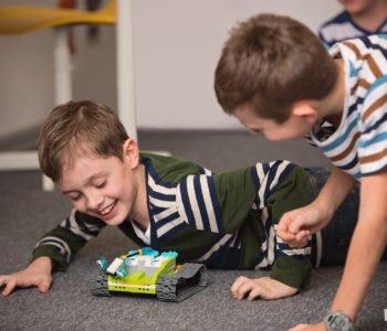Kreatywne Półkolonie z klockami LEGO® i robotyką