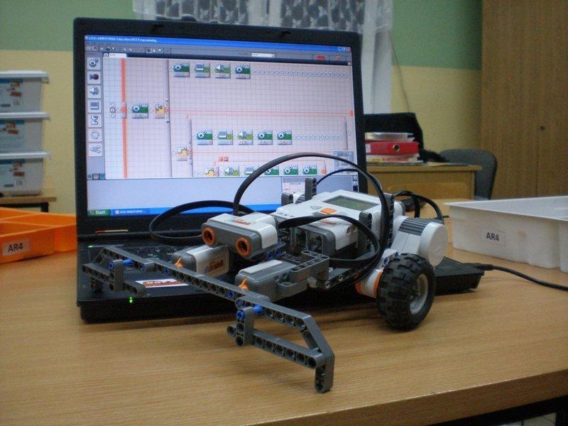 Mamo, tato! Zbudowałem robota! – warsztaty LEGO dla dzieci 7-13
