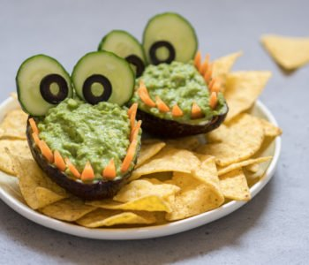 Przepis na smocze paszczki z pastą guacamole z awokado